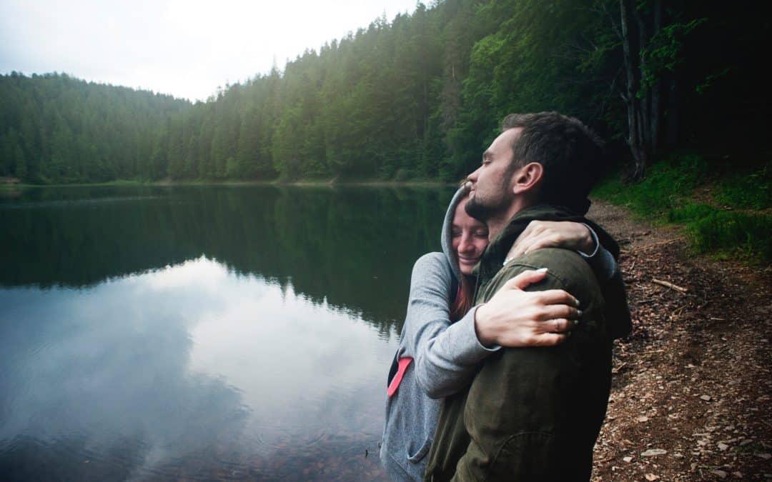 Versículos de amor: ¡La mejor recopilación para compartir en pareja!