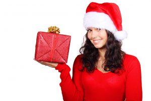 Quiero saber qué regalos de navidad para mi novio le puedo obsequiar