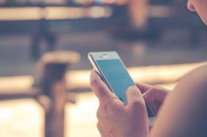 Descubre a través de su móvil si te es infiel
