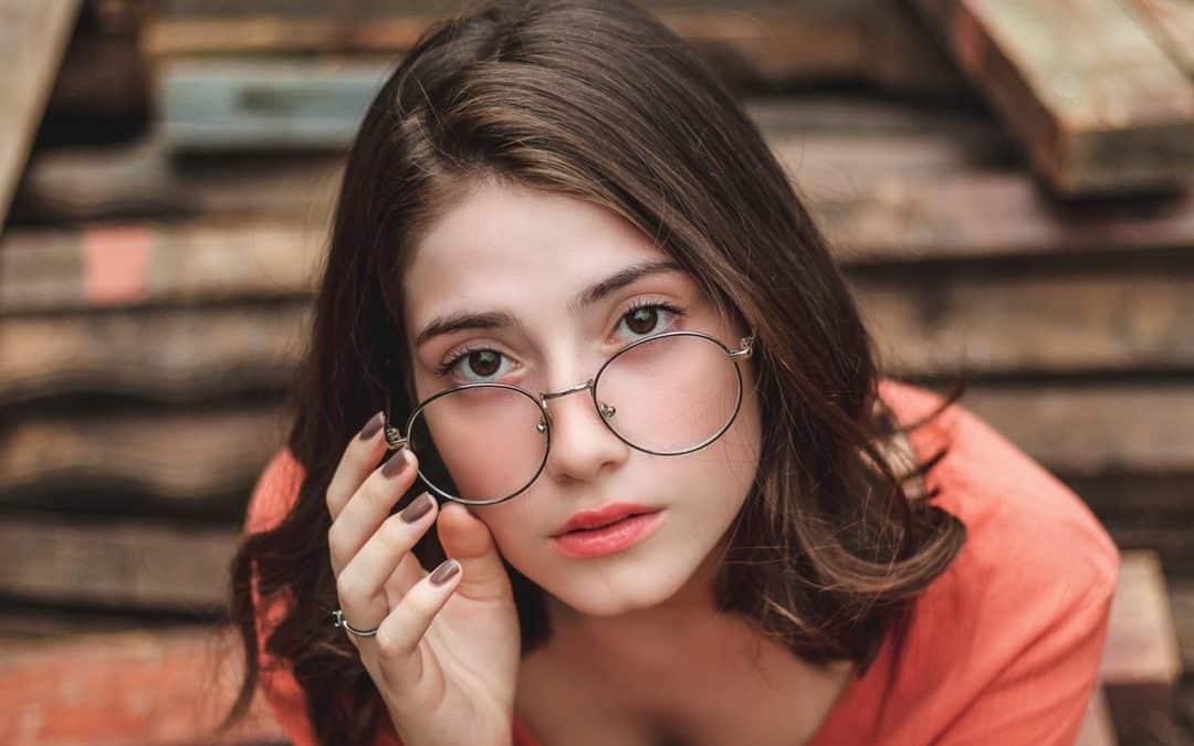 Cómo ser una mujer irresistible: Claves para lograrlo [2019]
